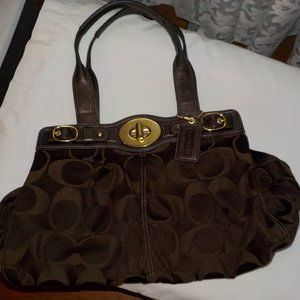 Coach shoulder bag large brown EUC
